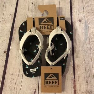 NWT Reef little ahi boys sandals